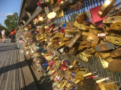 And yet more padlocks
